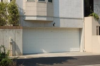 ガレージドア スティールレイズドドア